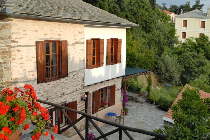 Natursteinhaus mit Meerblick - Afetes