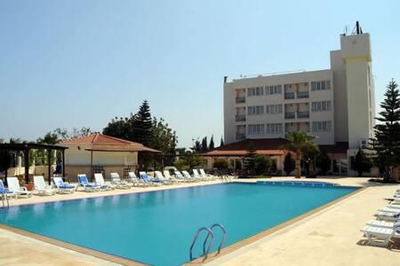 Mountain View Hotel Northern Cyprus - Kyrenia - Bed & Breakfast