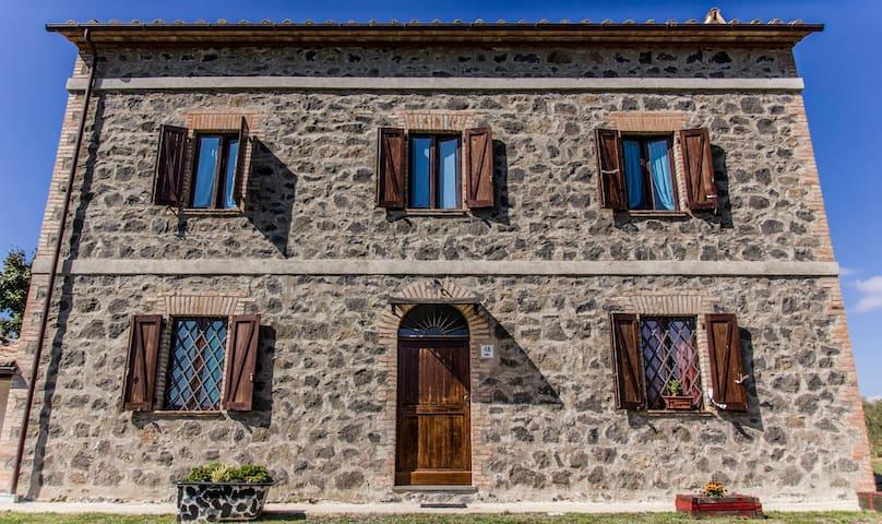 Casale Azalea appartamenti vacanze - Orvieto - Huoneisto