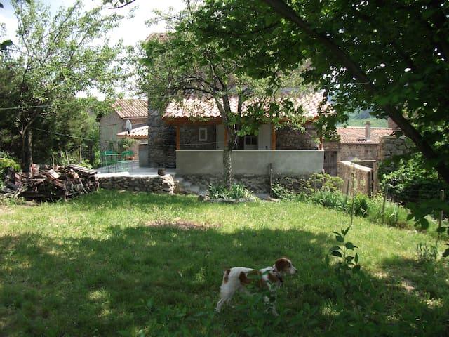 maison de village avec jardin - Valgorge