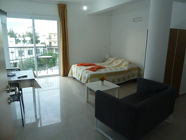Brand new and cozy studio - Paphos - Apartament
