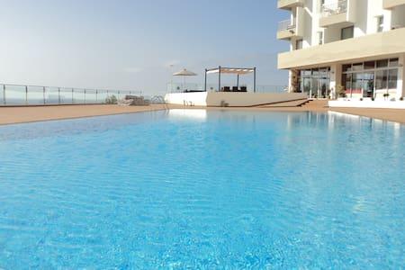Apartamento com vista mar - Funchal