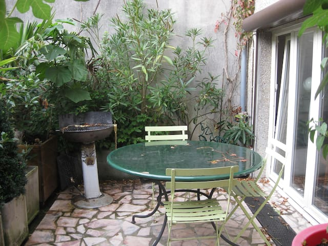 Grand studio avec terrasse - Joinville-le-Pont - Appartement