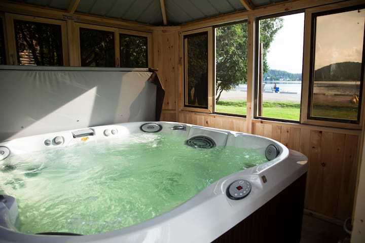 emme Chalets -Private Hot tub- UP TO 25% off