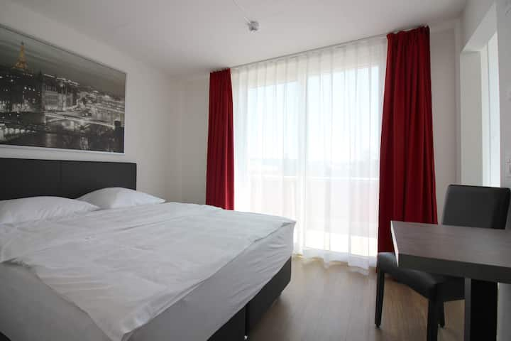 Swiss Star Airport - Family Suite