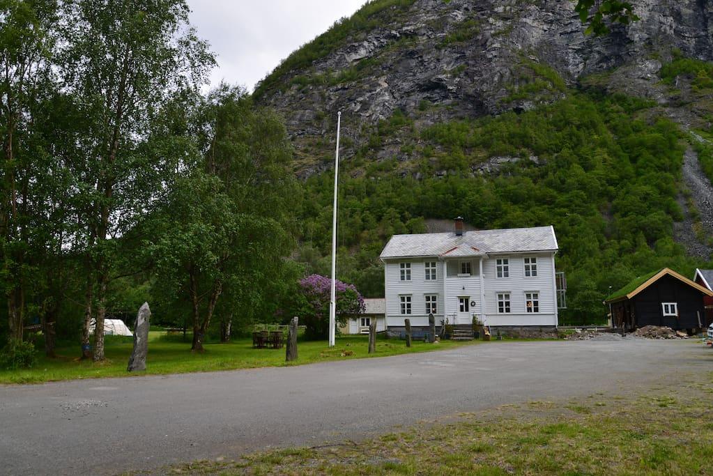 Svalheim Gard