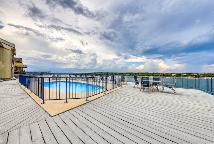 Lakefront condo w/ a shared pool, hot tub, & boat slip!
