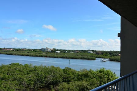 Beautiful water view in 1bd/1ba condo - Indian Shores