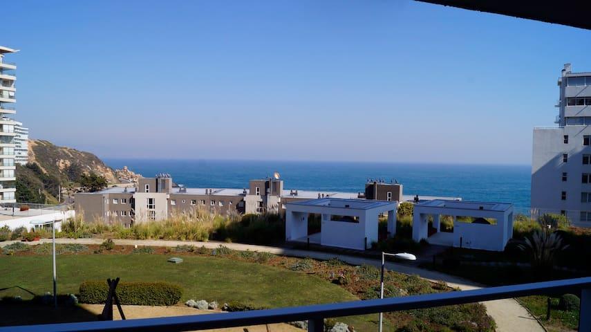 Renovado,Hermosa vista,bajada directa a costanera