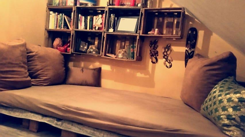 *Kuschelige Schlafecke im Oberflur* - Kerpen
