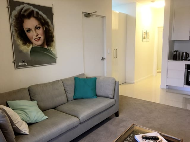 Bright & cosy 1 bedroom apartment in Brookvale - Brookvale - Appartamento