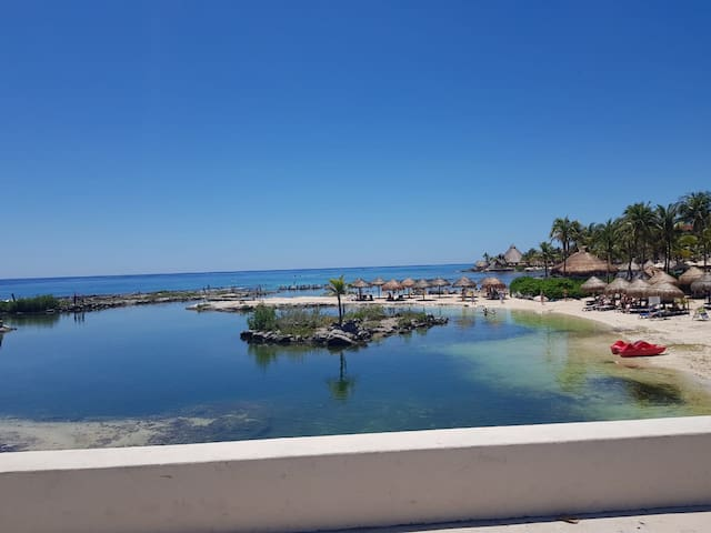 Hermosa unidad en el corazón de la Riviera Maya