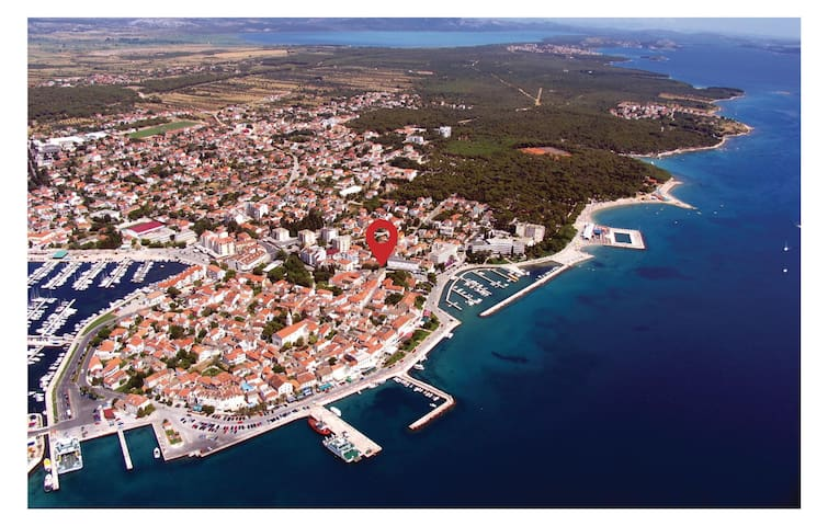 Holiday apartment with 2 bedrooms on 52m² in Biograd