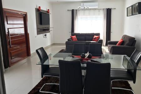 Chubo Apartments #1, self catering near Manda Hill