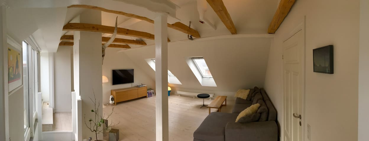 Beautiful Penthouse With Roof Terrace!!