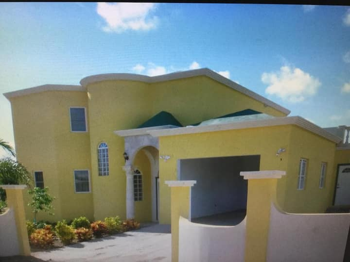 Exotic Homes - 3 Bedroom Villa at Rendezvous Bay