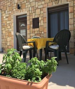 Stone House - Καλαβάρδα - Casa