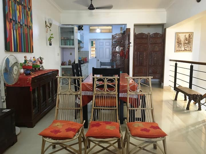 A Twin bed homestay 7 min fm airport, BITs & Beach