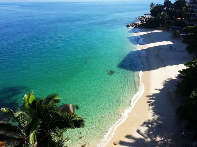 Luxury Beachfront Oceanview at Las Playas Gemelas!