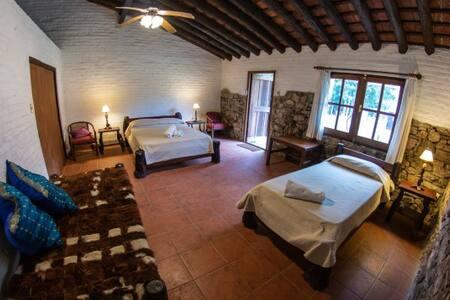 """Pinos de la Quebrada - Room """"Al Campo"""""""