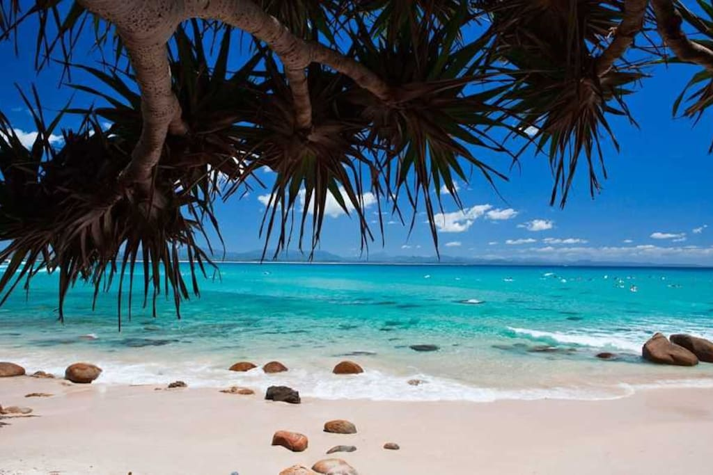 Wategos Beach - 3 minute drive