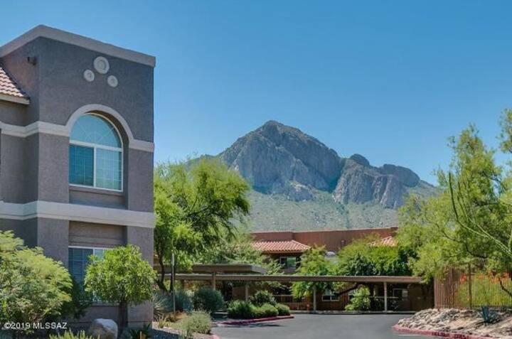 Discounted Premiere Resort Style Condo La Reserve