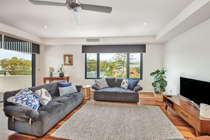 LOVELY LOT 7 - APARTMENT IN THE HEART OF BYRON BAY