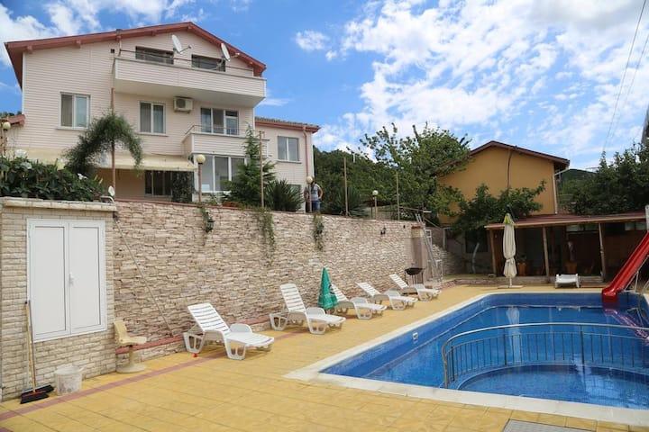 DBL room Villa Orozovi