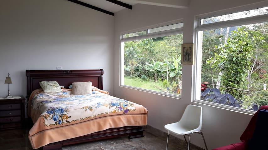 Cómoda habitación+baño, casa campestre vía al mar - Dagua - Natuur/eco-lodge
