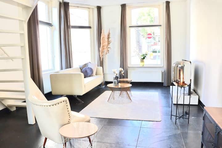 Luxury home | Workspace | 105 m2 | City Center