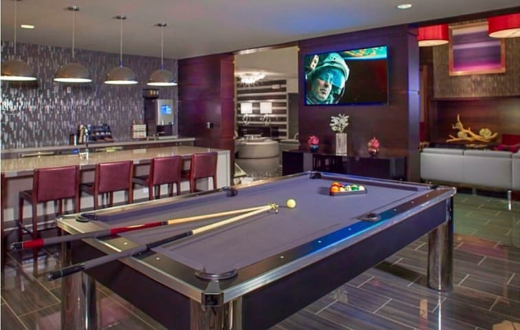 Luxury penthouse home In front of topgolf!