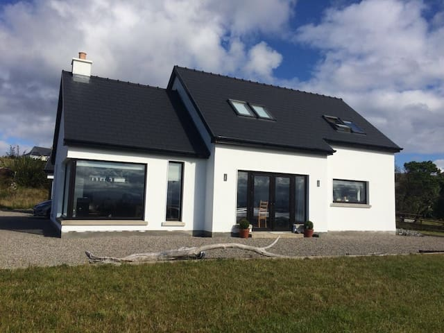 Arranmore Island Modern home 5  star built in 2013