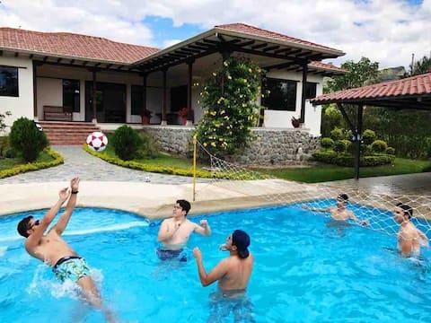 Schöne Immobilie in Malacatos, Loja zu vermieten
