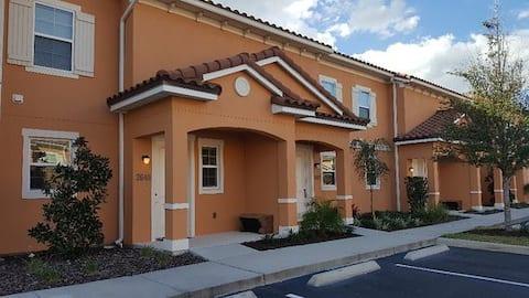 DISNEY - Private Home at Regal Oaks!