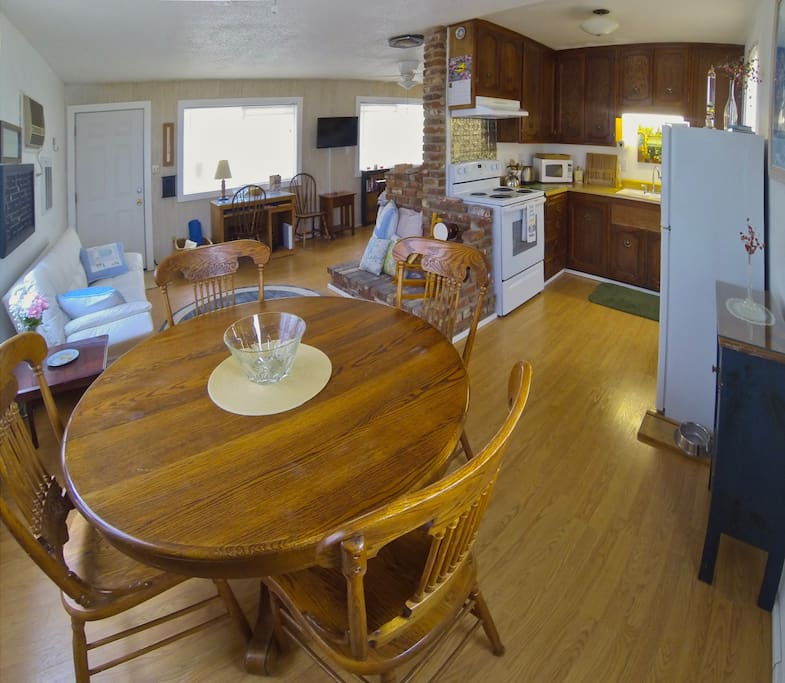 The cabin features a full kitchen and dining area, wifi and television. There is also a desk for those who need a place for their laptop computer.