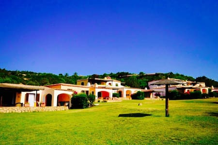 COTTAGE ALLORO 1BR-pool&terrace by KlabHouse - Cala di Volpe - Willa