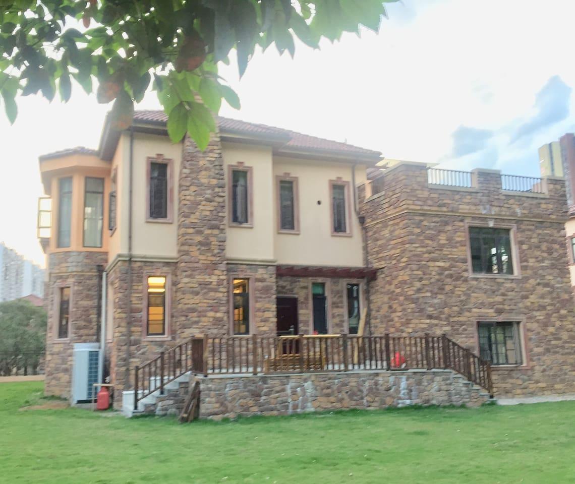 托斯卡纳风格的独幢别墅