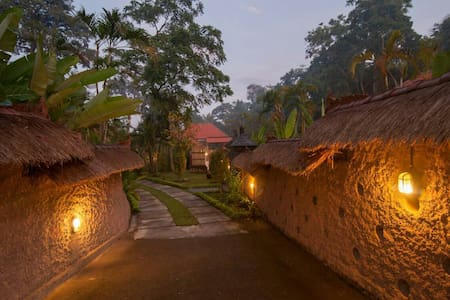 NEW Sayan Rm2, Brkfast,Wifi,Pool,Location - Ubud
