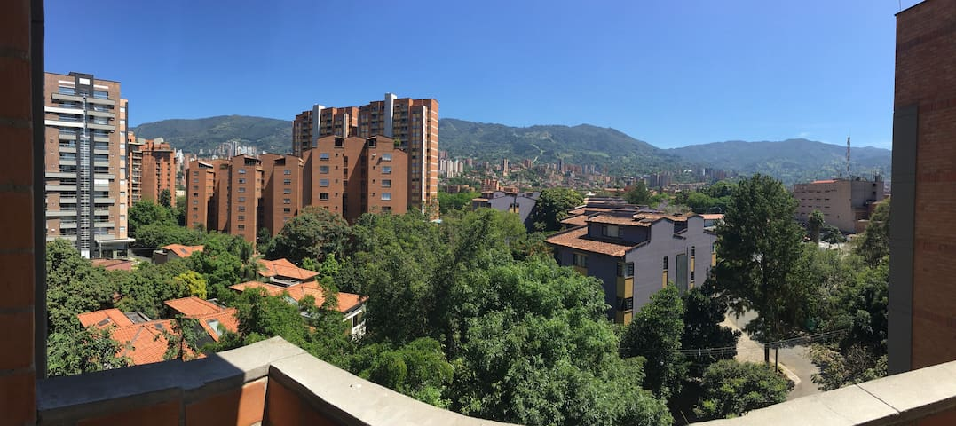 Comfortable and centrally located - Envigado