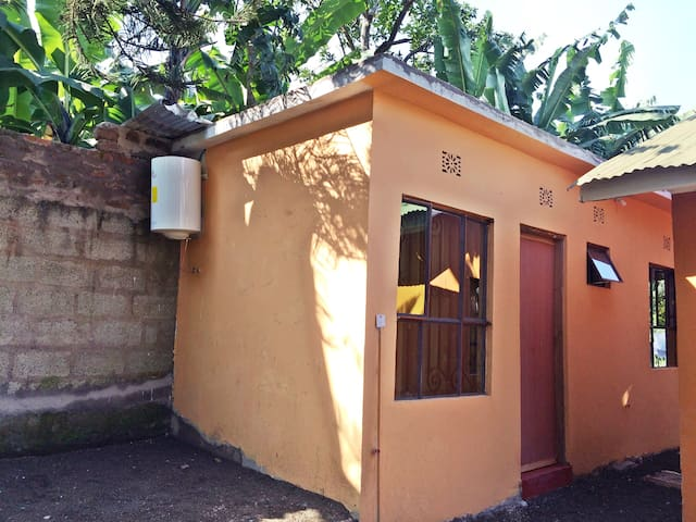 Private Room #1: Lovely Tanzanian Family Homestay - Arusha - Huis