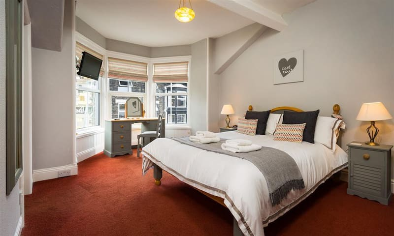 Woodys Luxury Apartment in Bowness