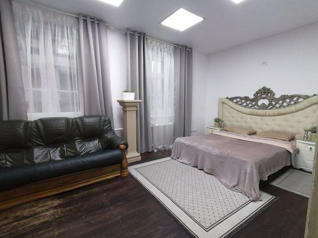 2beds VINTAGE Apartments Lenina15, the same center