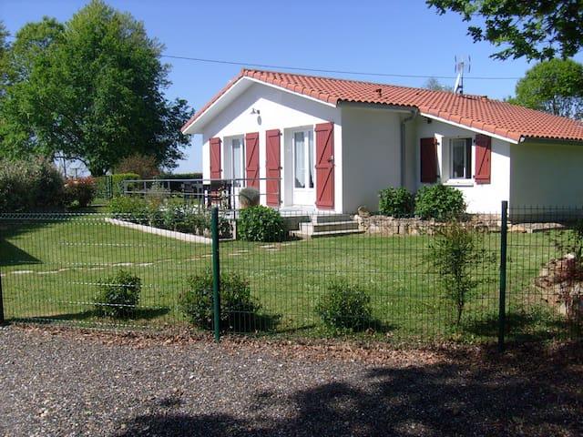MAISON NEUVE TRES BON CONFORT - Saint-Geours-d'Auribat - House