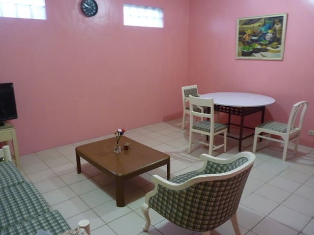 Cabuyao Town Center, 1-Bedroom Suite-A. 2 Pax