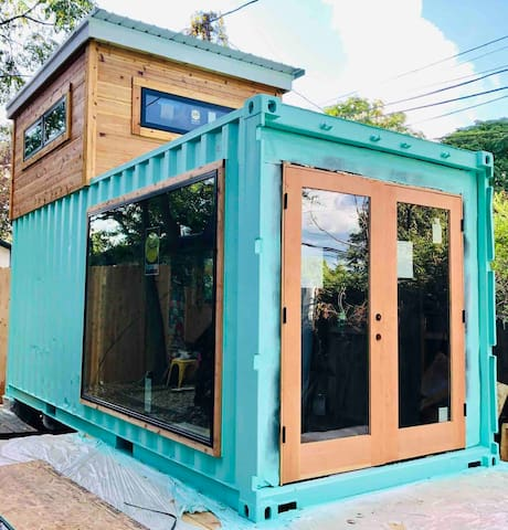 EAST AUSTIN ATOMIC RANCH SHIPPING CONTAINER HOUSE