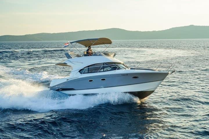 Discover beautiful Croatia with solavis charter