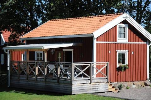 Cosy cabin at lake Skagern