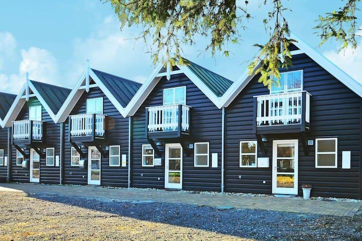 Modernes Ferienhaus in Blavand (Jütland) mit Terrasse