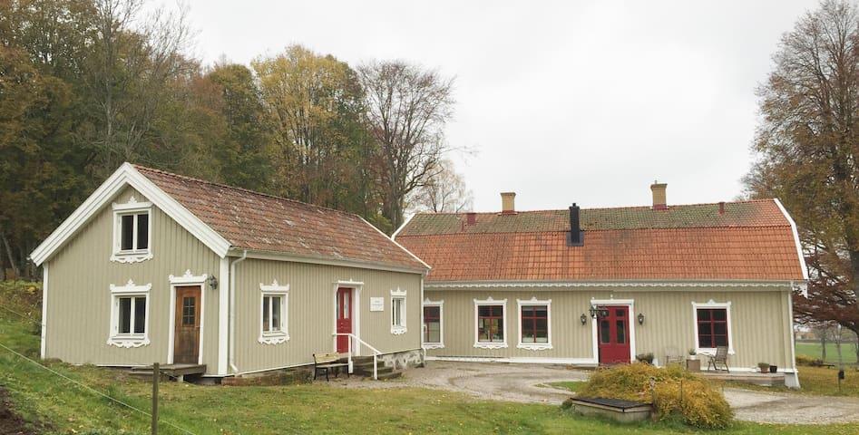 Havsnära stuga, Gustafsberg i Uddevalla
