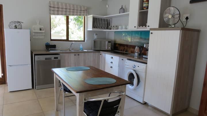 Cape Cod  Studio long-term stay in Ruimsig area